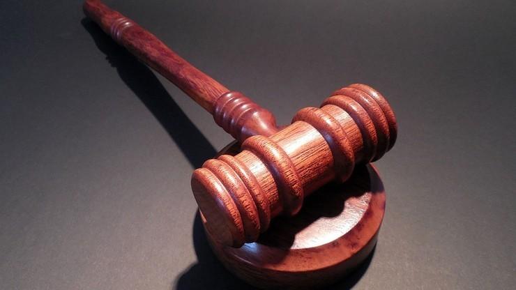 Pięciu byłych dyrektorów sądów trafiło do aresztów. Śledztwo dotyczy korupcji